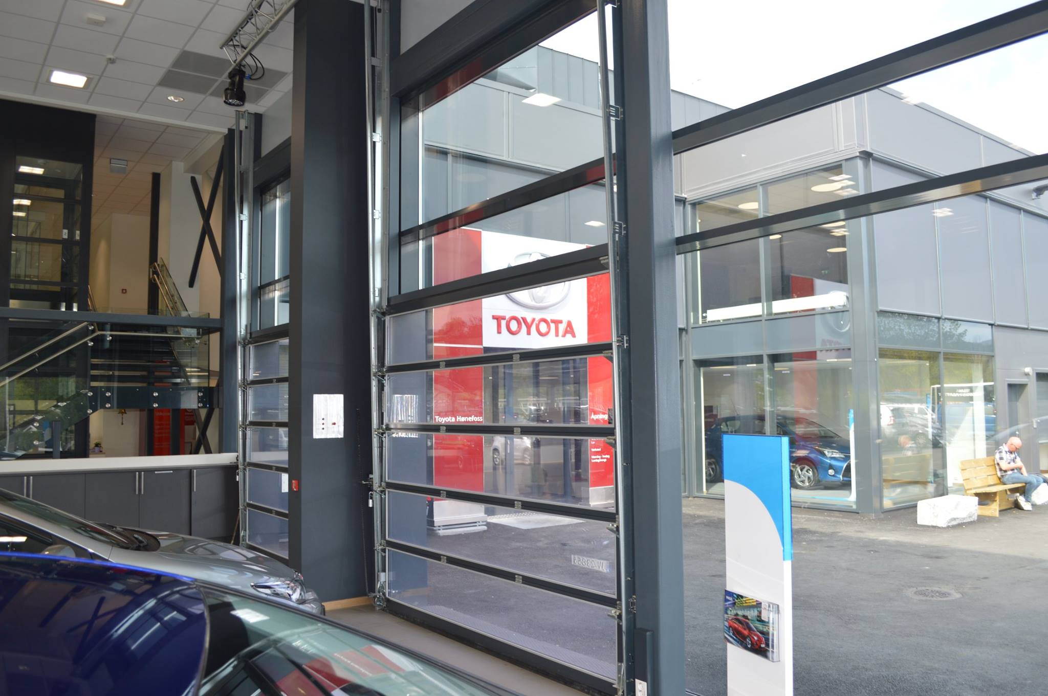 Black Panorama Sectional Doors For Toyota