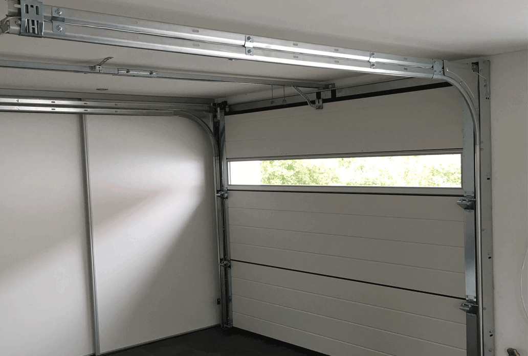 NASSAU Garage Door Interior With Panorama Window