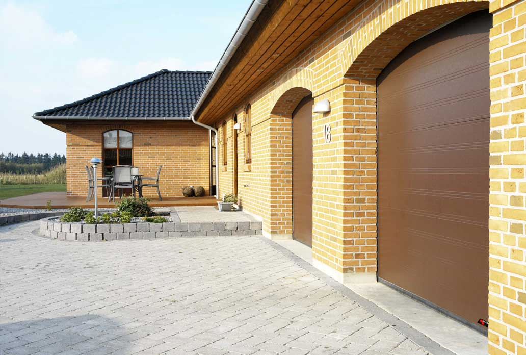 Chocolate brown NASSAU Classic Garage Doors