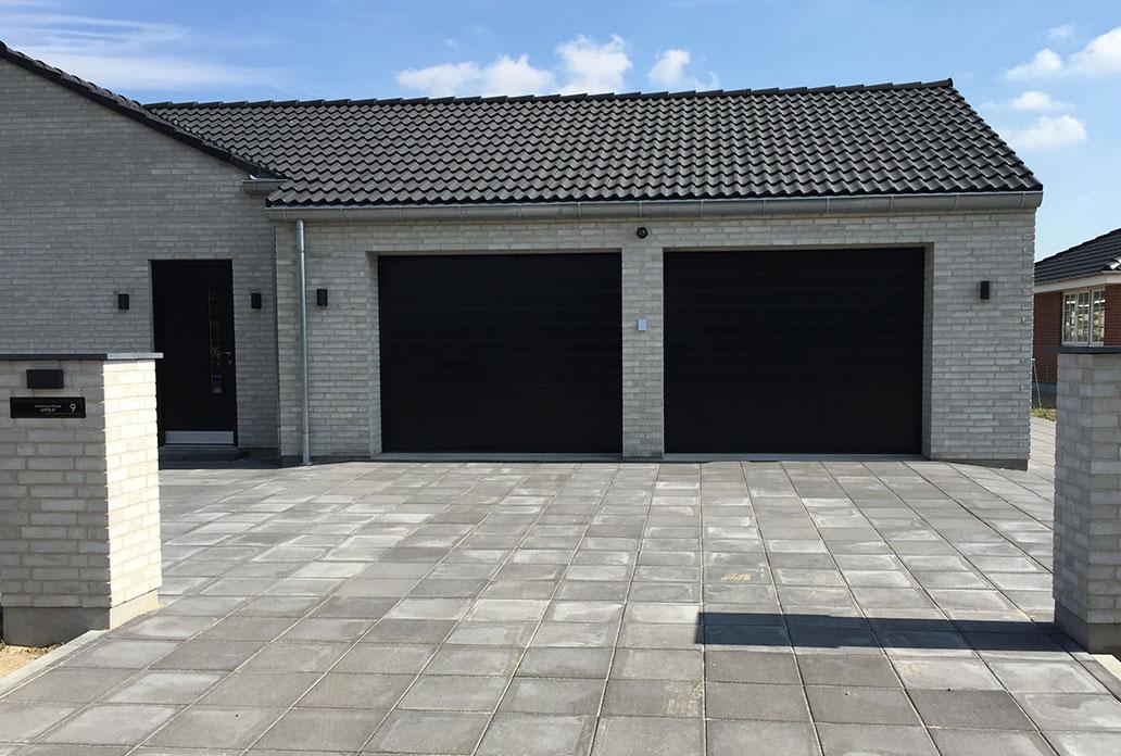Double Black NASSAU Classic Garage Doors