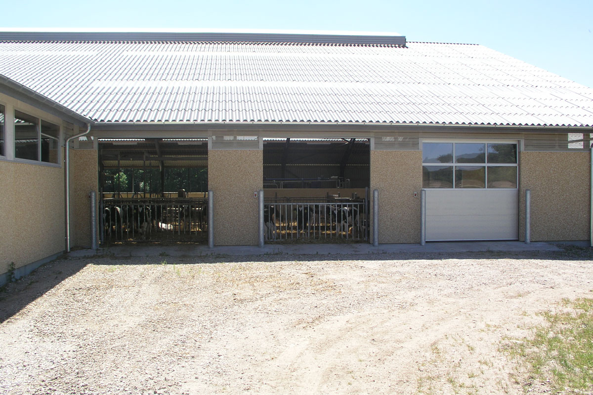NASSAU 9000M Sectional Industrial Doors With Windows For Agriculture